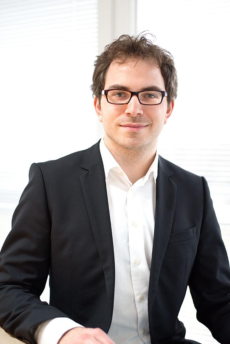 Dr. Maksim Greiner